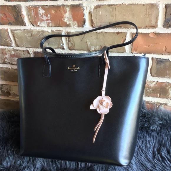 c5d11e8eb kate spade Bags | Offers New Karla Flower Dangle Totebag | Poshmark